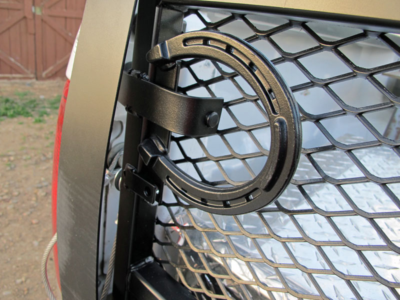 Cowboy Creations Horse Shoe Tailgate And River Rock Led